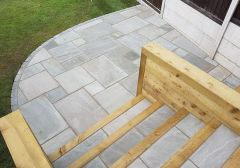 18MM PURE GREY SANDSTONE GARDEN PAVING CALIBRATED 19.52M2